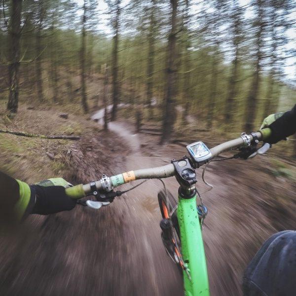 mountain-trail-trailing-mountain-sports
